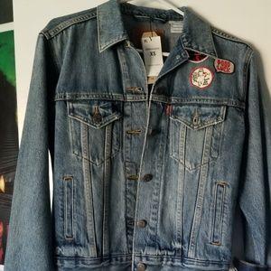 Women Levi's jacket